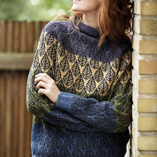 Top down sweater med bladmønster