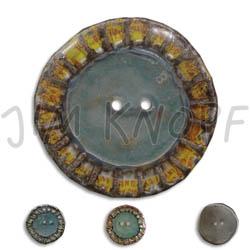 Jim Knopf Button from recycled crown cap 28mm Innen blau-grau außen unterschiedlich