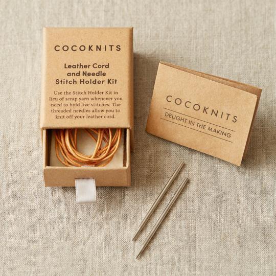CocoKnits Leather Cord and Needle Stitch Holder Kit Maschenhalter Lederband mit Nadel