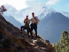 Mein Mann und ich im Herbst 2009 im Himalaya, auf der Suche nach Baby-Yak-Wolllieferanten.